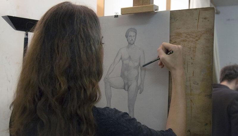dessinatrice de modèle vivant
