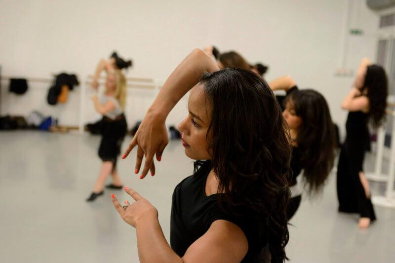 cours de danse orientale d'assia guemra