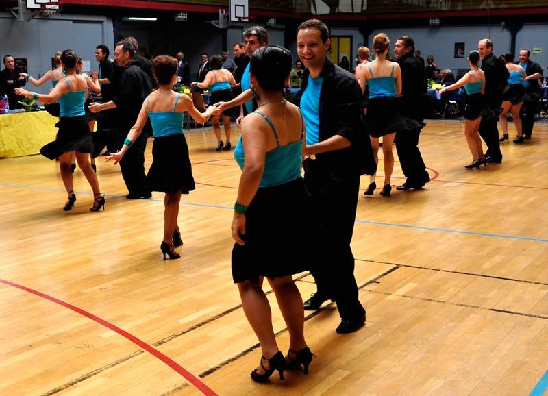 Cours de danse de salon exigeants devenez enfin bon danseur - Musique danse de salon ...