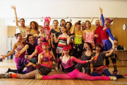 Cours de burlesque et d'effeuillage à Paris
