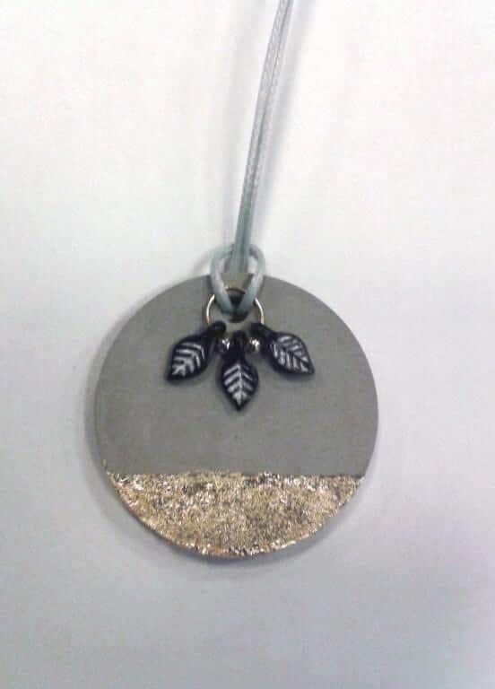 pendentif en béton création de bijoux