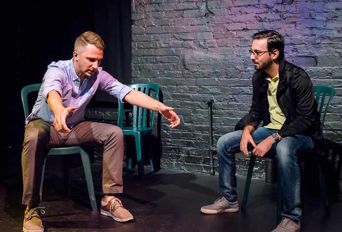 deux improvisateurs assis