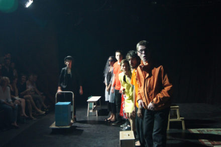 élèves d'emmanuel jacquemard jouant un spectacle