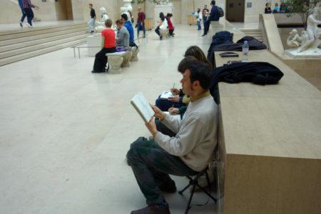 Apprendre à dessiner au Louvre au cours d'un stage intensif
