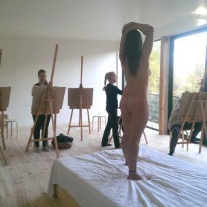 atelier-des-colettes-cours-de-dessin-avec-modele-vivant_460563