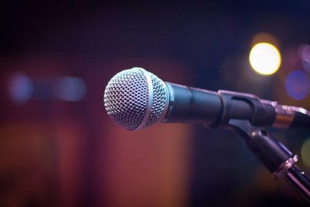 Travaillez votre souffle et apprenez à chanter au micro avec Pierre