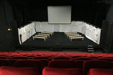 En théâtre, l'importance du groupe