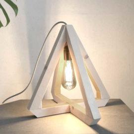 Lampe pyramide (kit électrique +18€)